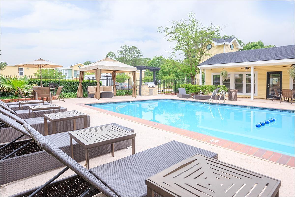 one our sparkling pools place du plantier