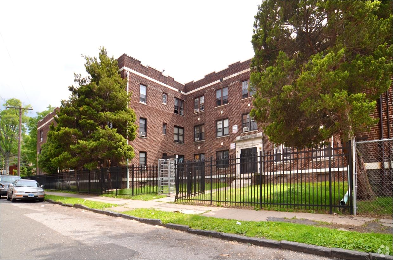 primary photo the fleetwood apartments