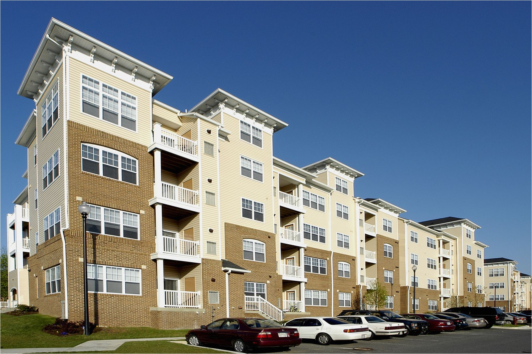 located in largo md truman park has 284 apartment homes