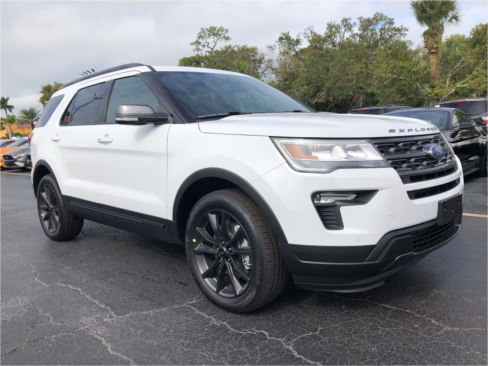 new 2018 ford explorer xlt