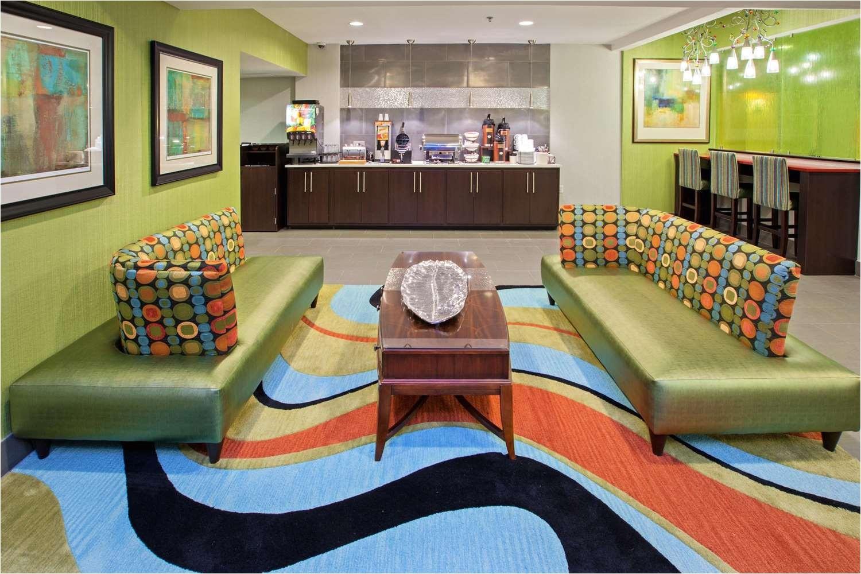A Rudin sofa 2733 La Quinta Inn Suites Lebanon Tn See Discounts