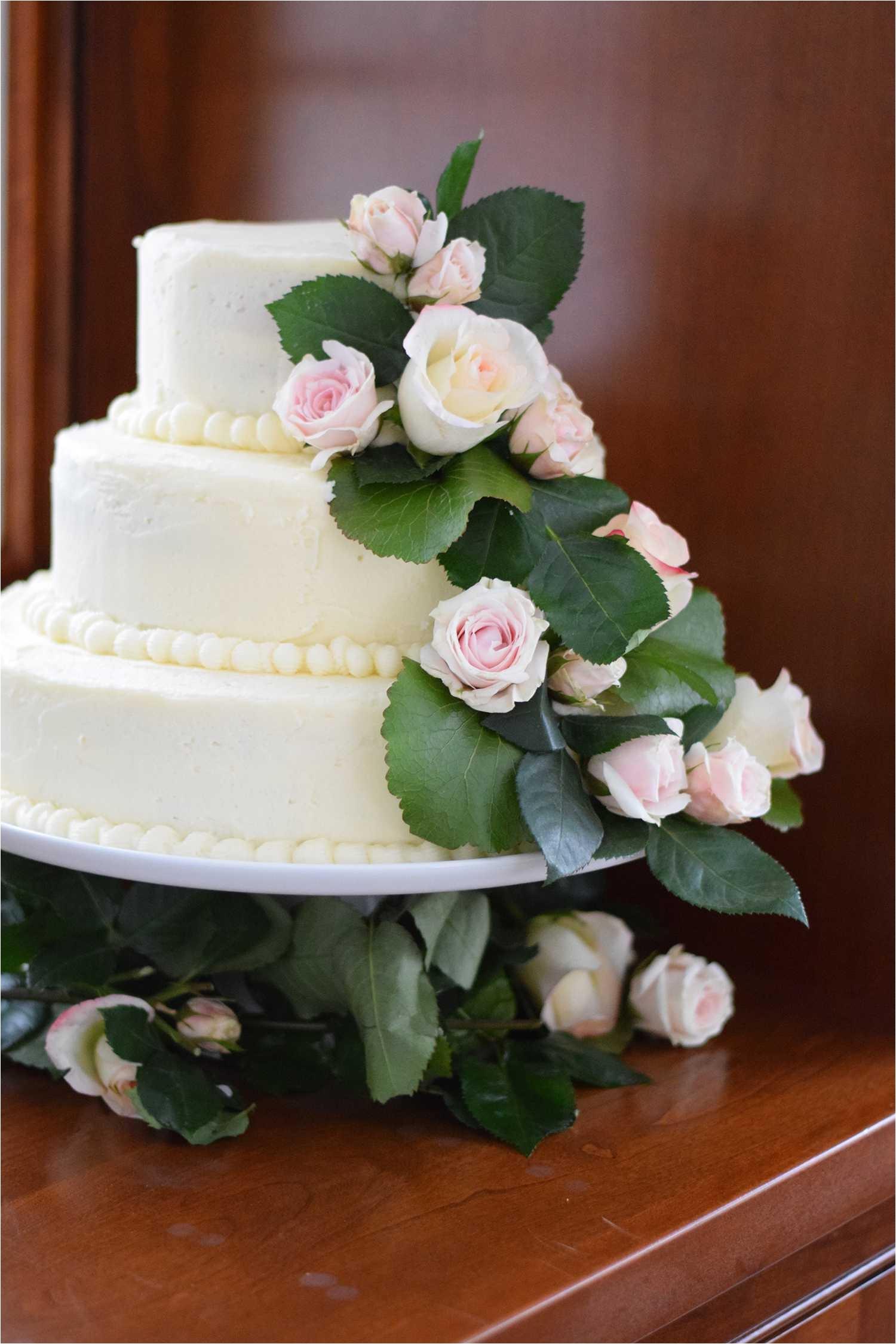 weddingcakefinal 5a7bc079d8fdd500379ea71c jpg