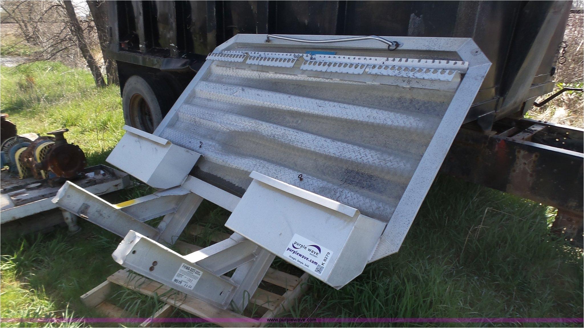k8279 image for item k8279 merritt aluminum headache rack