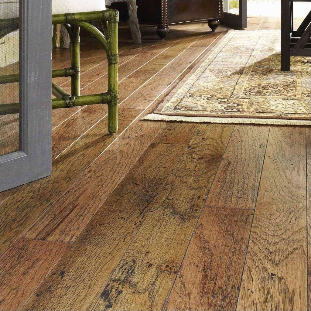 laying flooring putting in hardwood floors podemosleganes