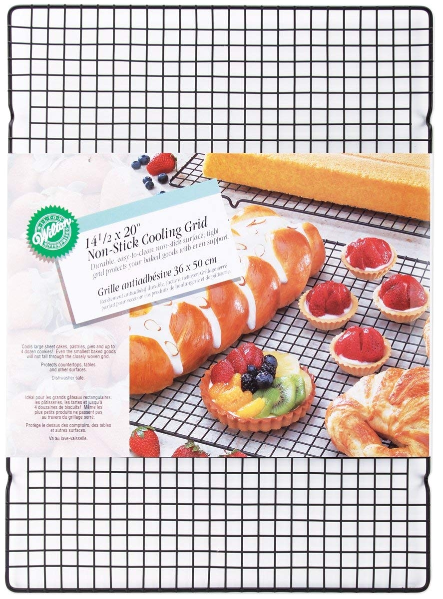 amazon com wilton nonstick cooling rack grid 14 1 2 by 20 inch kitchen dining