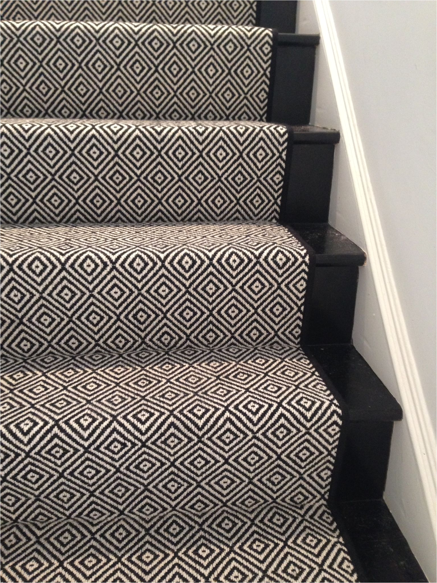 look at this beautiful custom stair runner black diamond