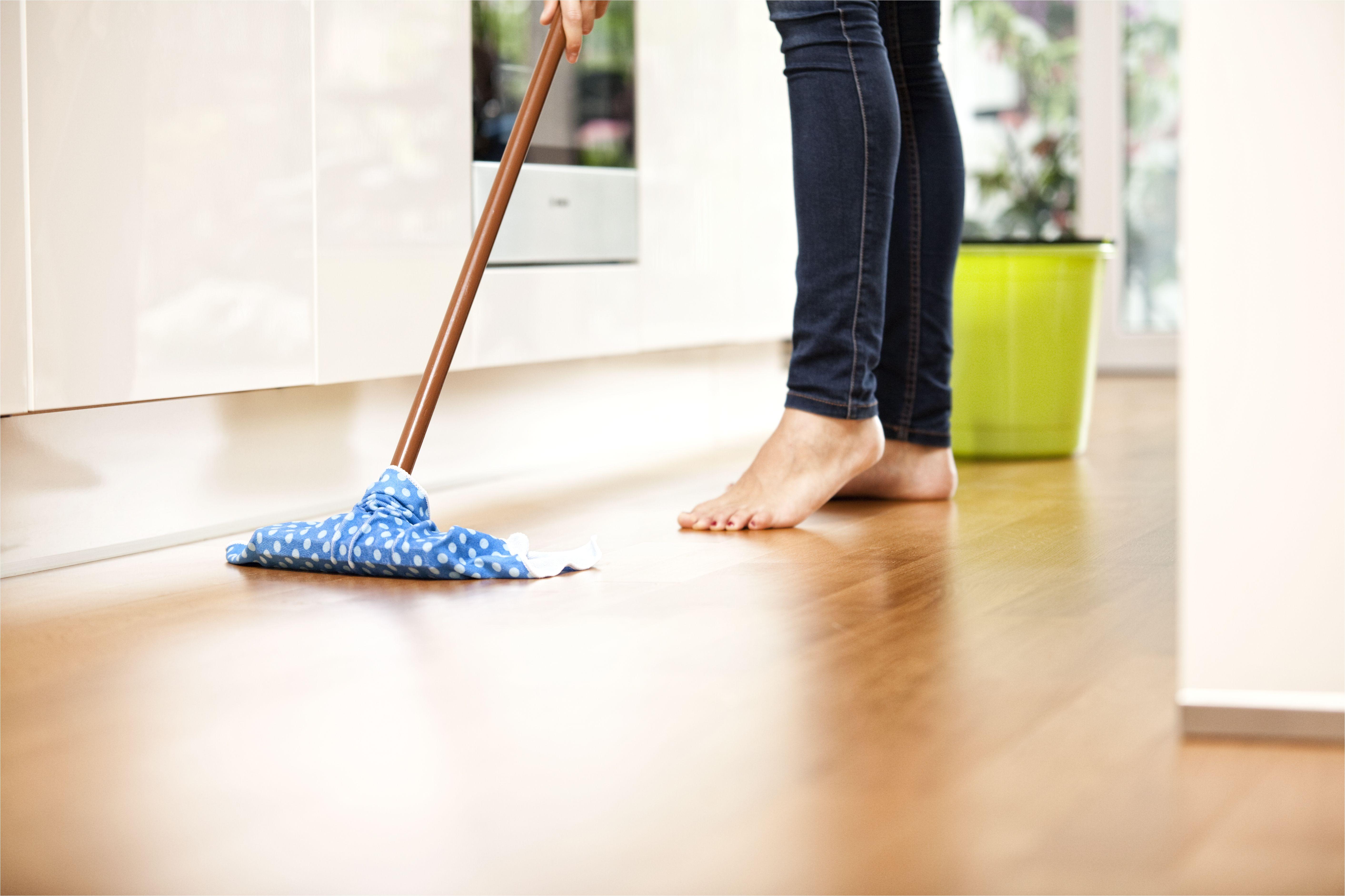woman wiping the floor 588494585 585049b43df78c491ebc200a jpg