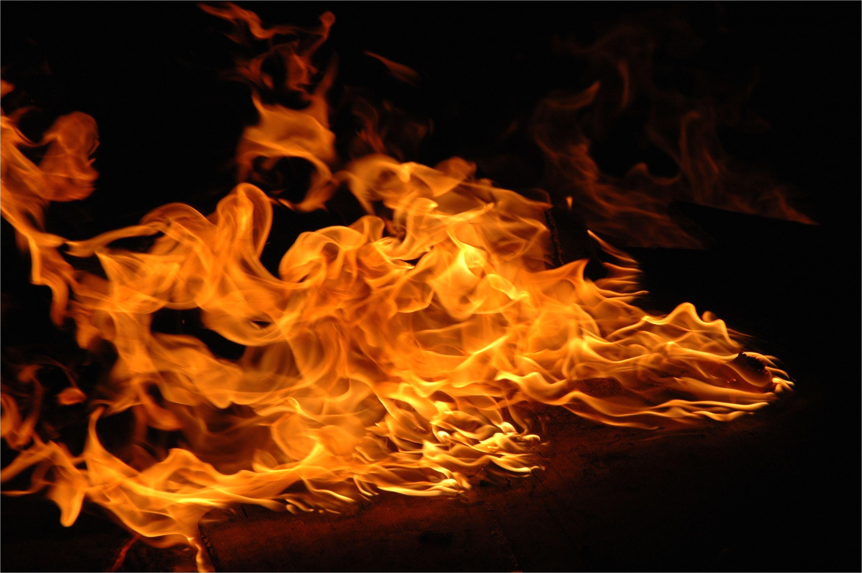 close up of flame 536940503 59b2b3de845b3400107a7f27 jpg