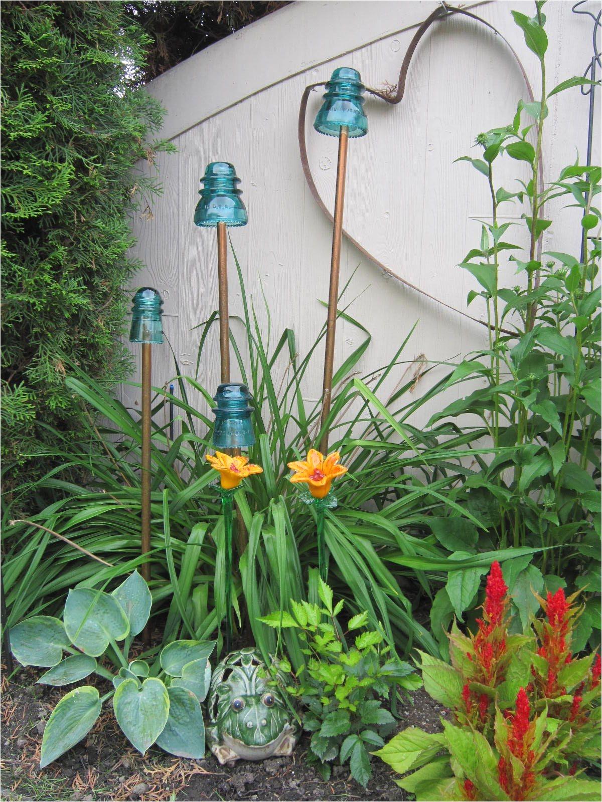 Fesselnd Do It Yourself Garden Art Diy Deko Im Garten 51 Upcycling Ideen Pinterest  Glass