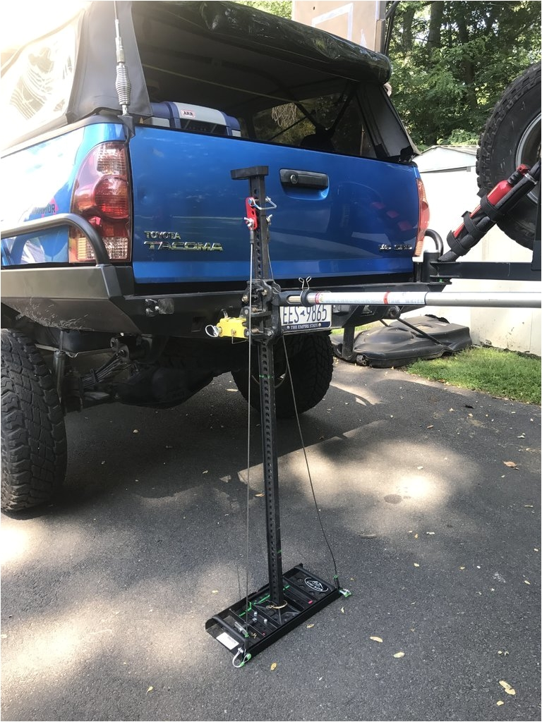 safejack universal combination stabilizer deployed with my 60 hi lift and the jeepsneeds sam attached to a welded on shackle mount