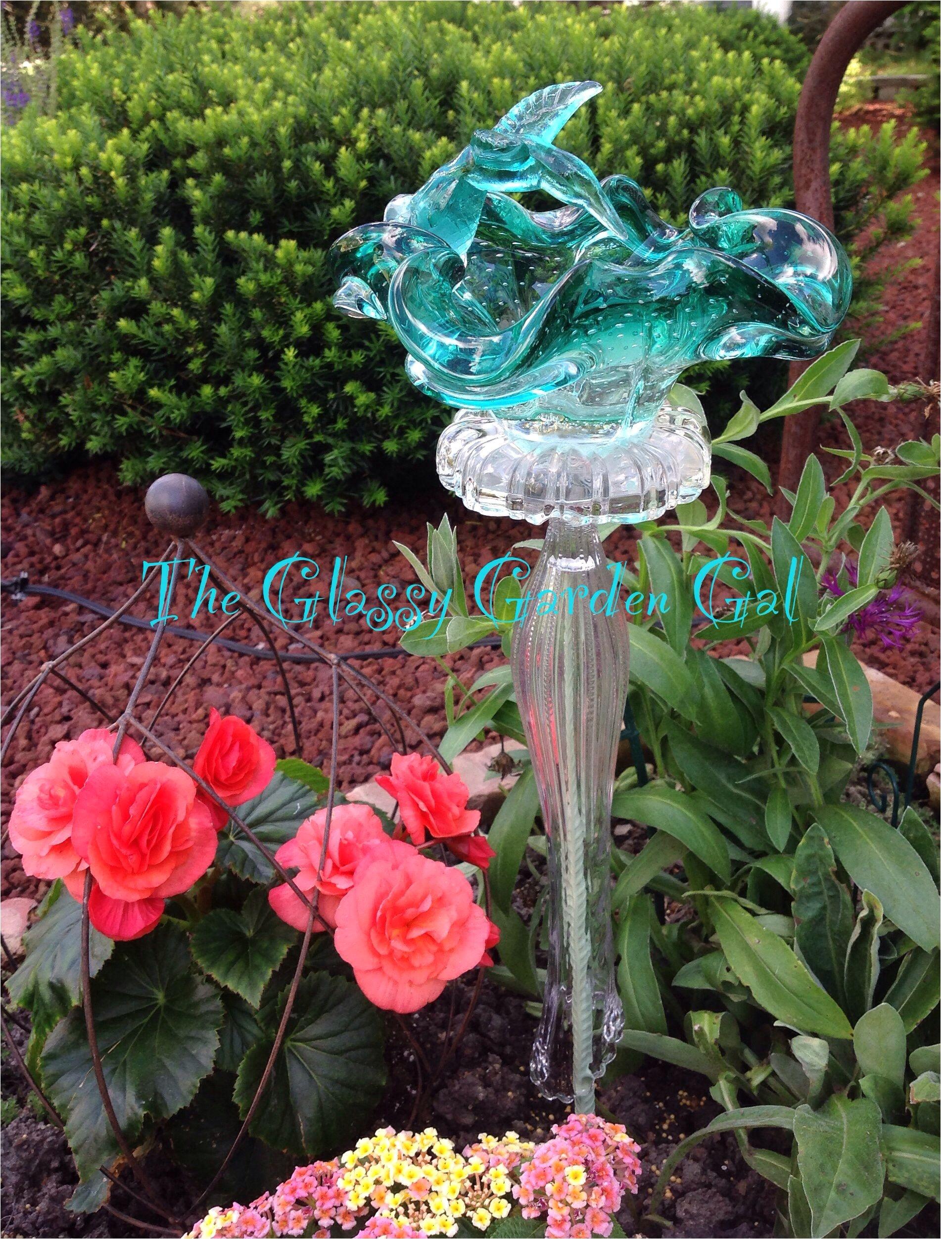 glass garden art yard art glass bird bath www theglassygardengal com