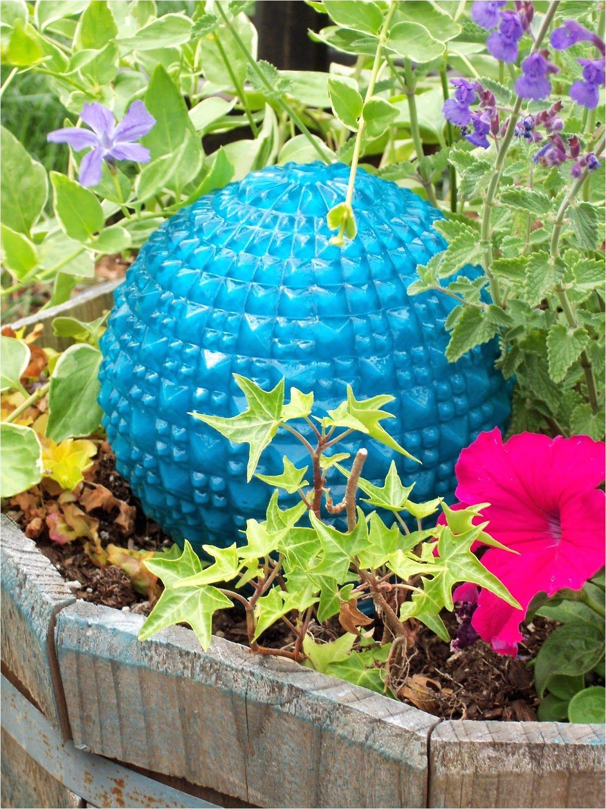 make the best of things diy garden art super easy glass garden balls from lamp globes