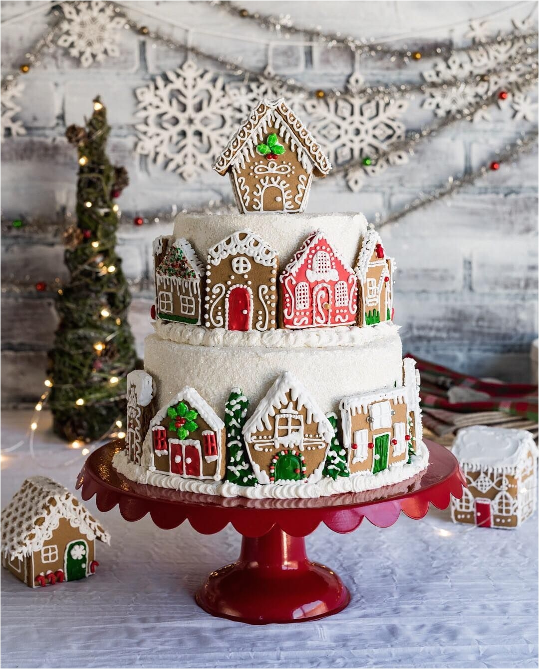 gingerbread christmas theme decorations gingerbreadlayer cake with fig filling and white chocolate - Gingerbread Christmas Decorations