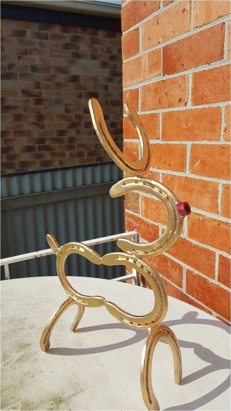 rudolph the horseshoe reindeer
