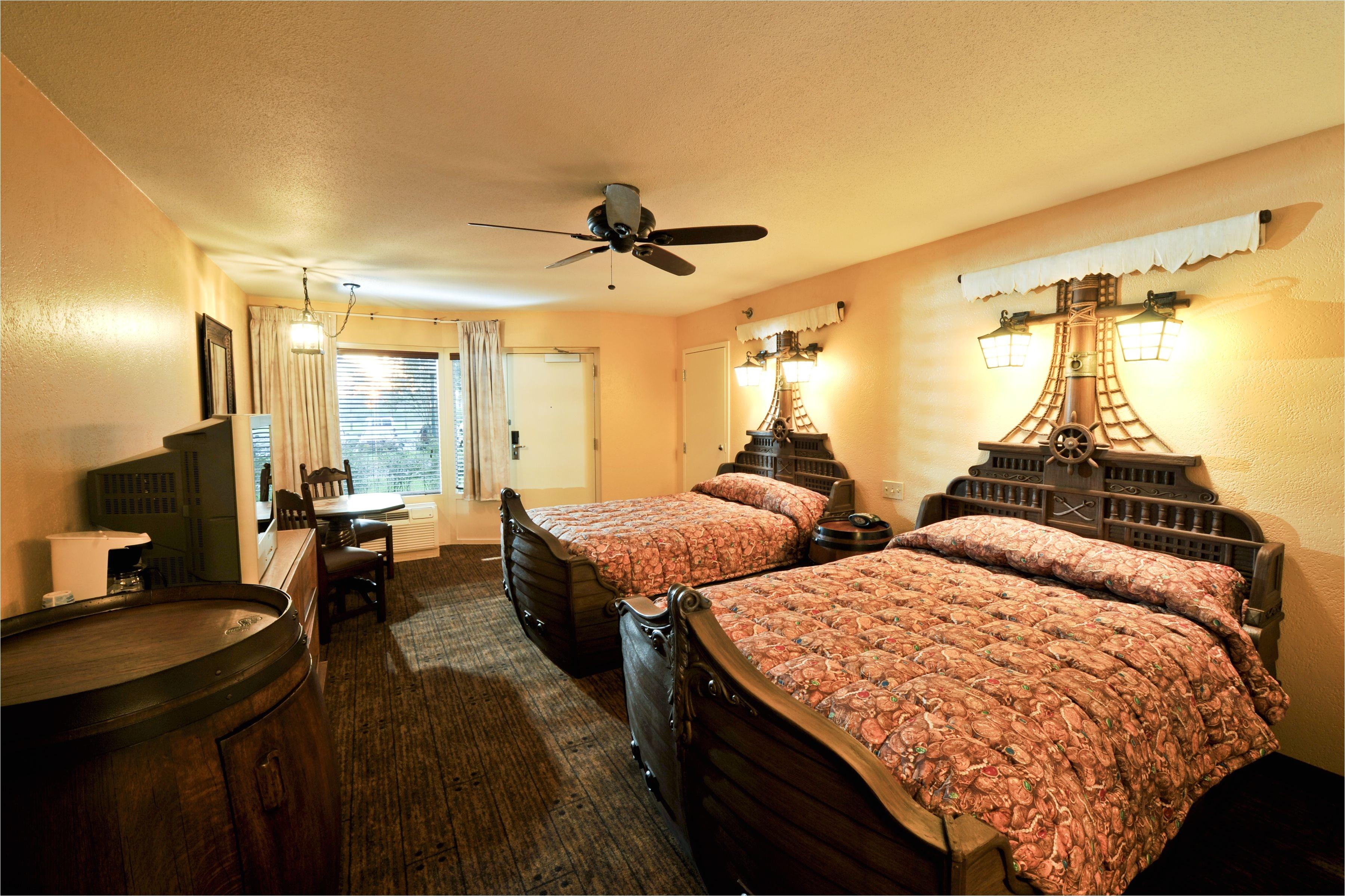 disney resort hotels disney s caribbean beach resort pirate room walt disney world resort