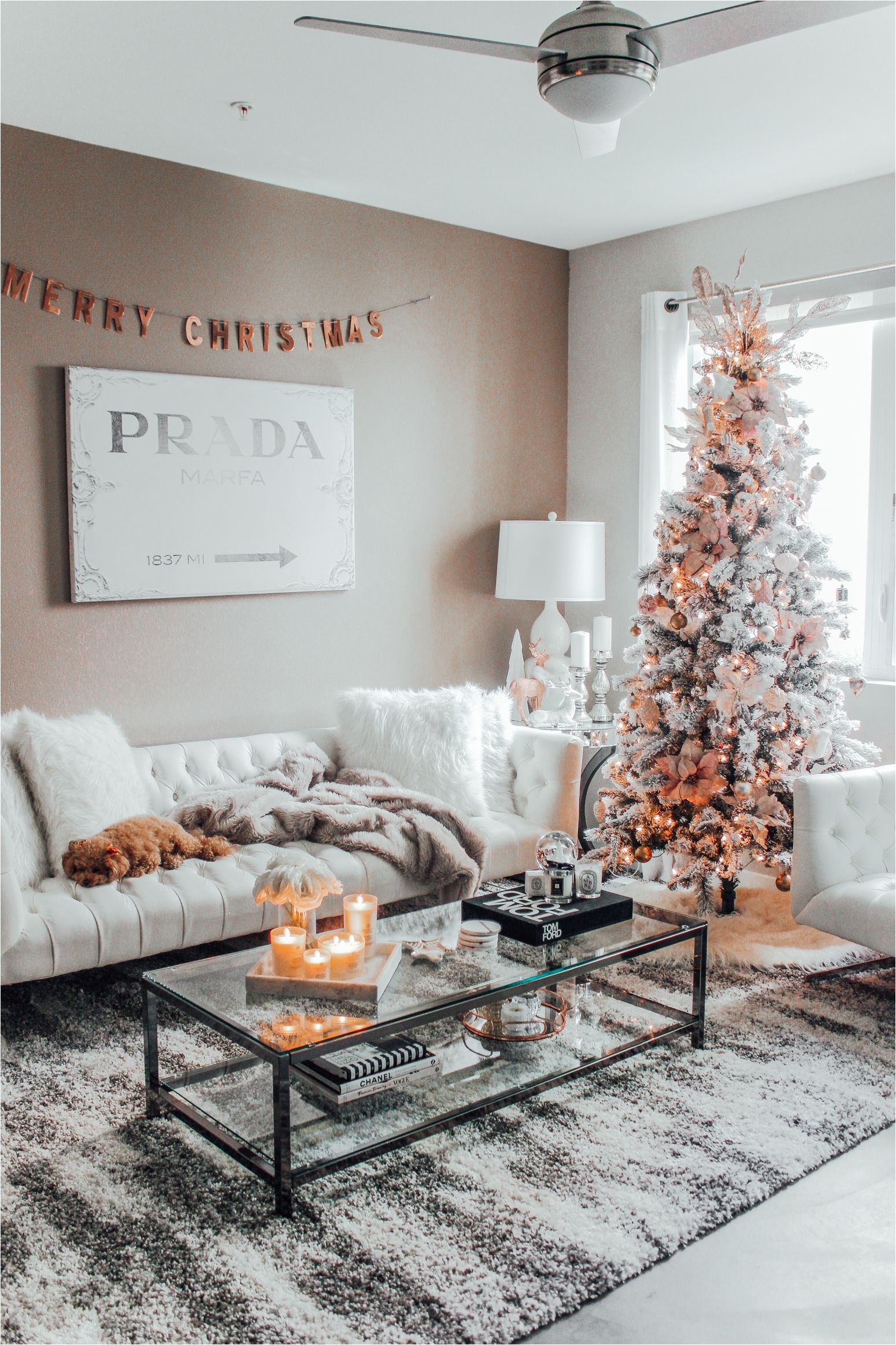 holiday s at home with chesapeake bay candles christmas decor christmas inspo
