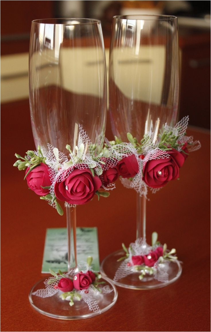 How to Decorate Bride and Groom Champagne Glasses 123 Best Verres Images On Pinterest Decorated Bottles Champagne