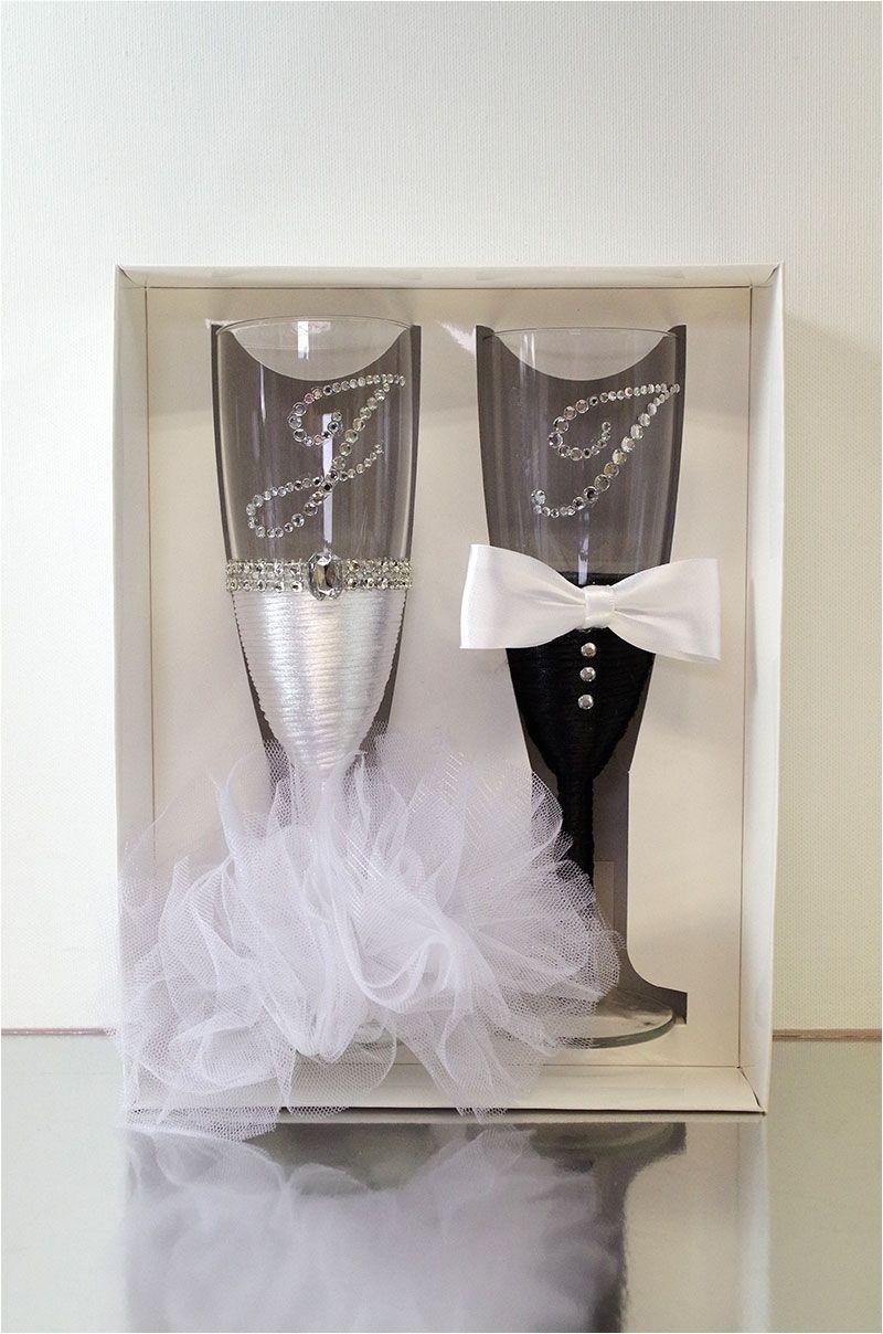 svadbene a aa e hand decorated wedding champagne glasses