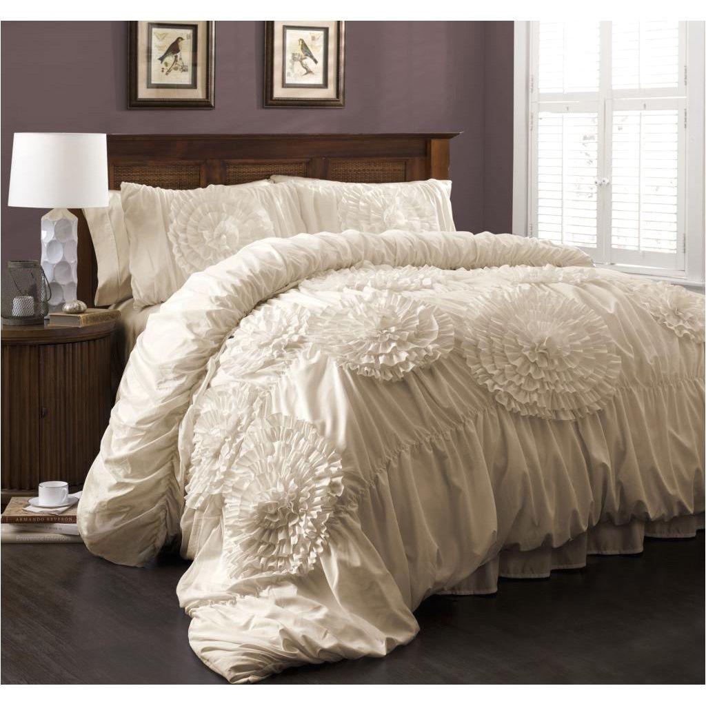 Lush Decor Belle 4-piece Comforter Set Queen Ivory Ivory Serena Comforter Set I Want This I Want It Pinterest