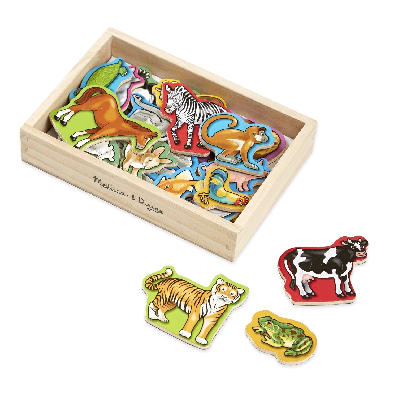 amazon com melissa doug 20 animal magnets in a box melissa doug toys games