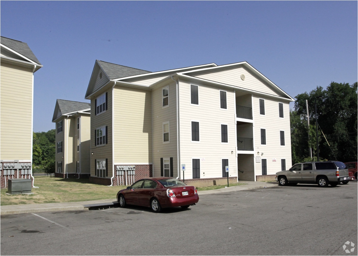 One Bedroom Apartments In Midtown Memphis Tn Ruby Oaks Apartments Rentals Memphis Tn Apartments Com