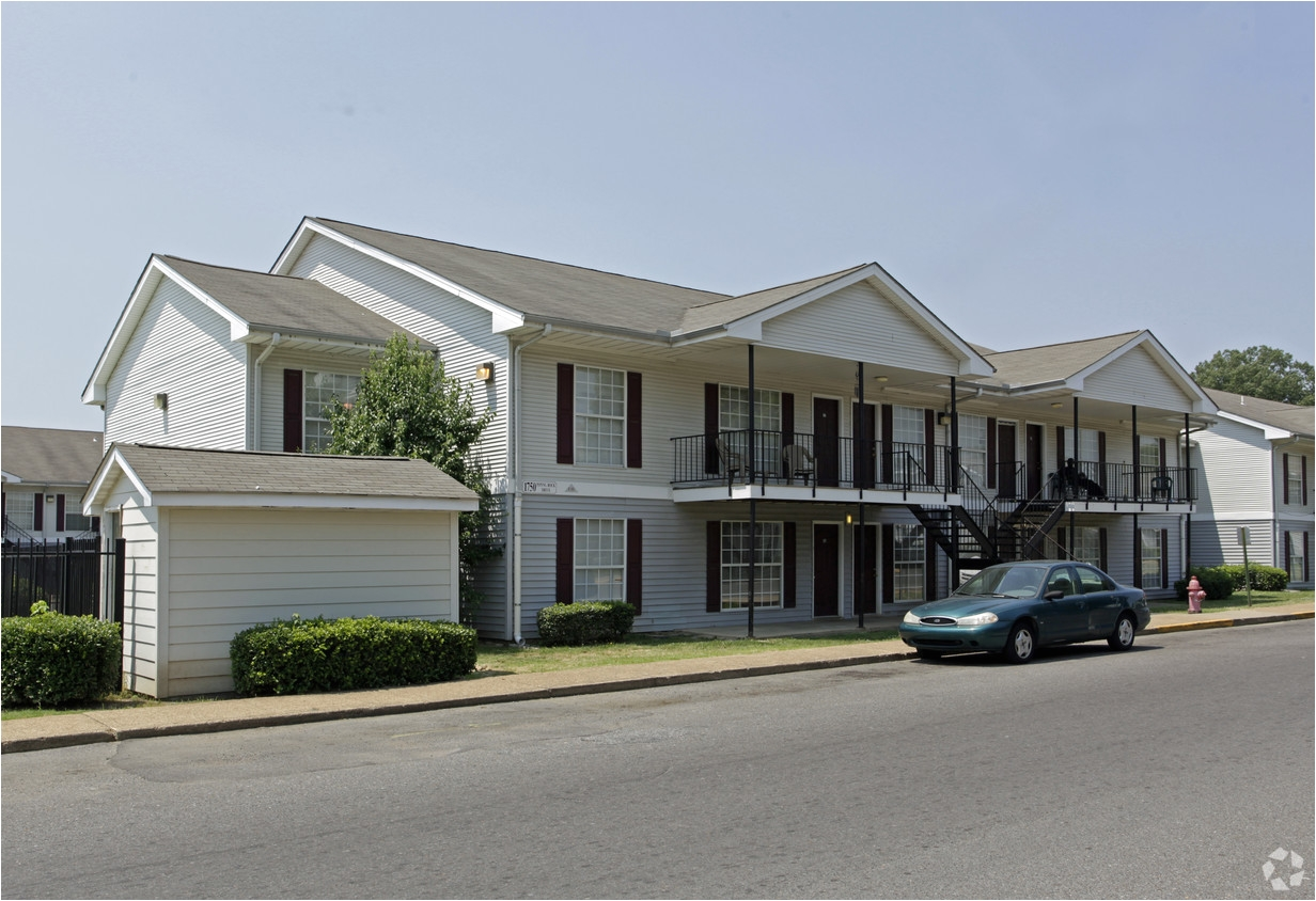 One Bedroom Apartments In Midtown Memphis Tn Summit Park Apartments Rentals Memphis Tn Apartments Com