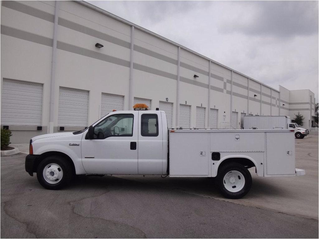 2007 ford super duty f 350 drw service utility body truck 1ftwx32p37ea51569 5