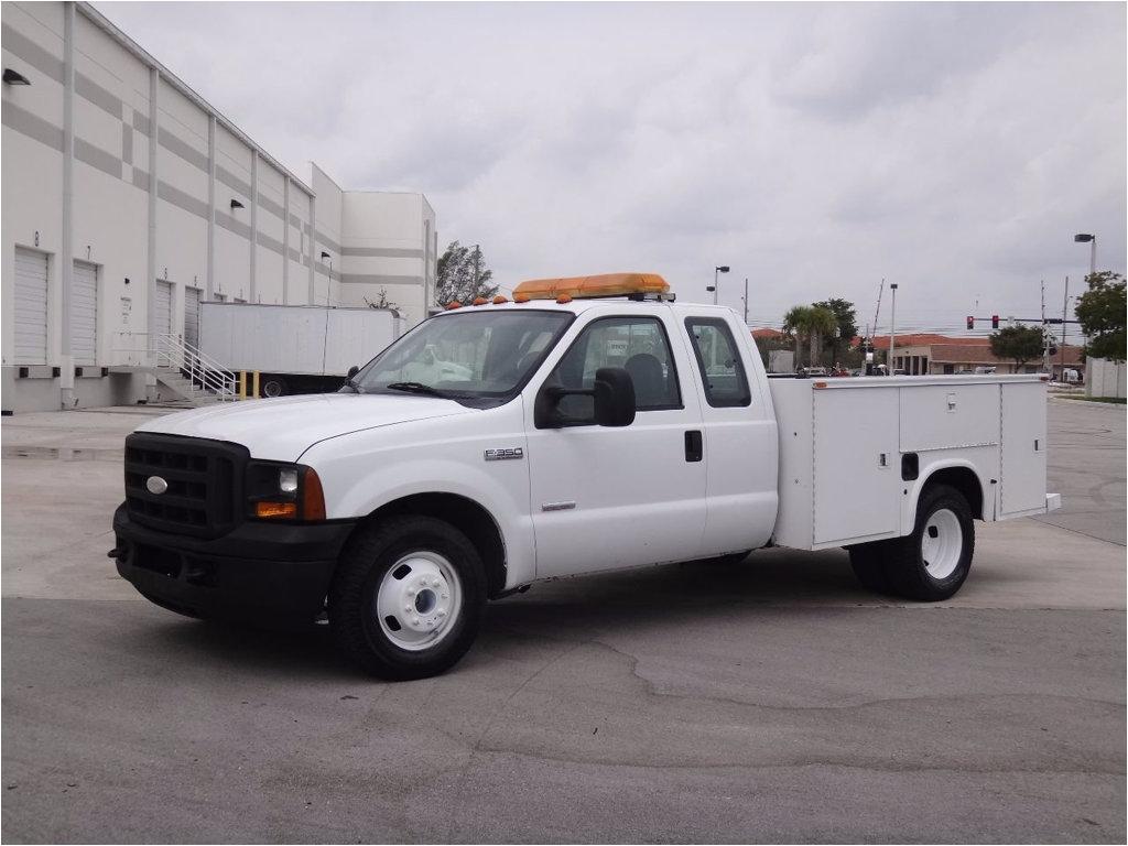 2007 ford super duty f 350 drw service utility body truck 1ftwx32p37ea51569 0