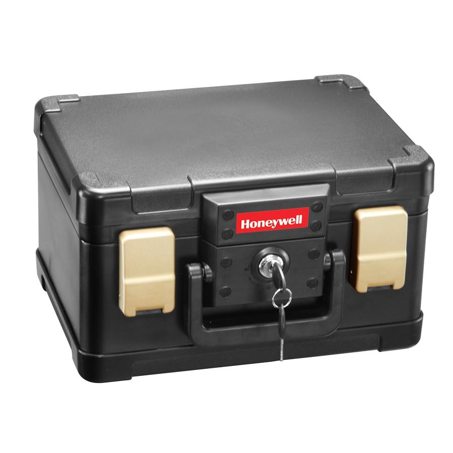 honeywell 0 15 cu ft fire resistant waterproof chest safe