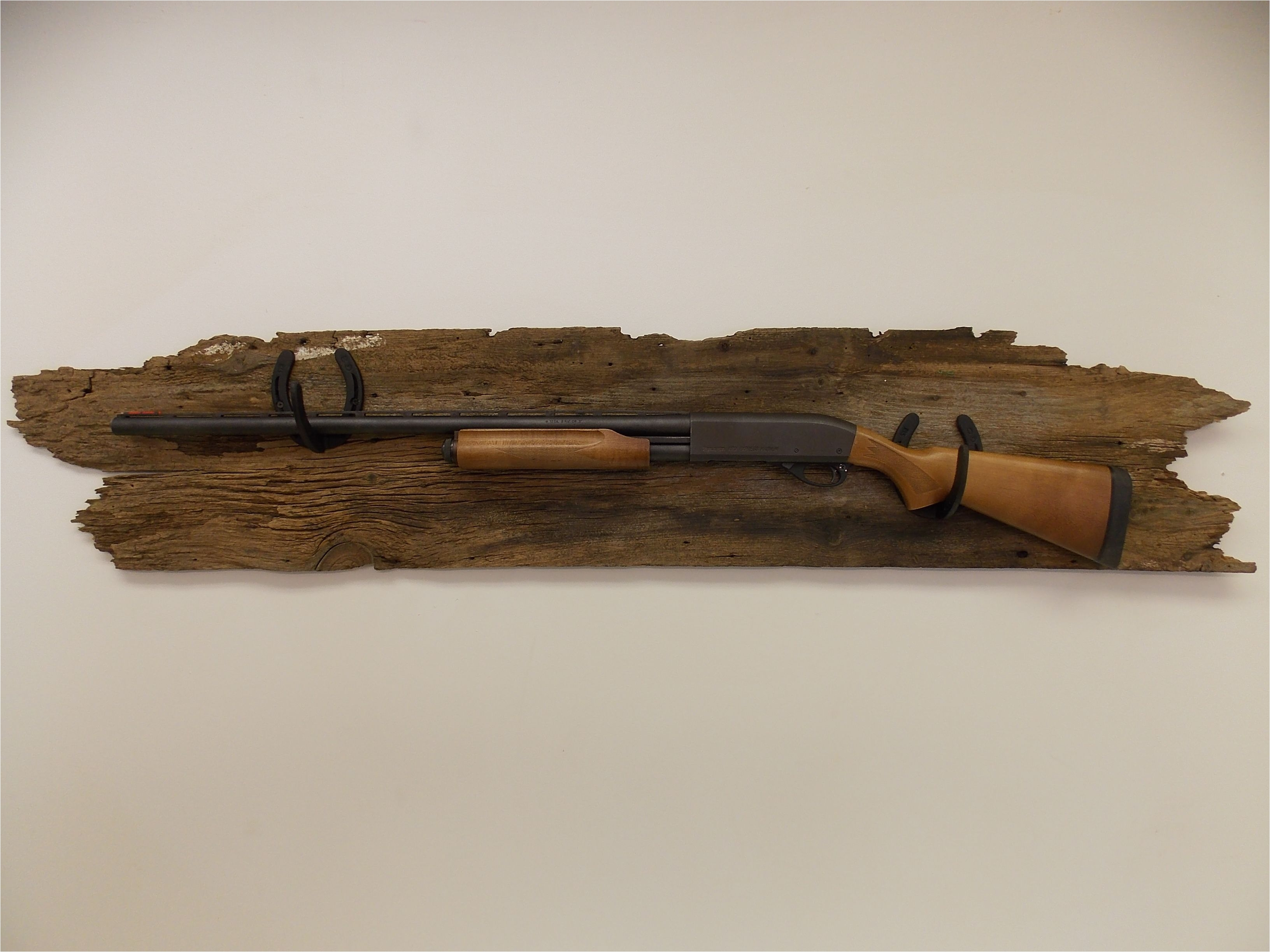 Wood Gun Rack Plans Free Gun Rack Made From Horseshoes Great Idea for My Shotgun that Was