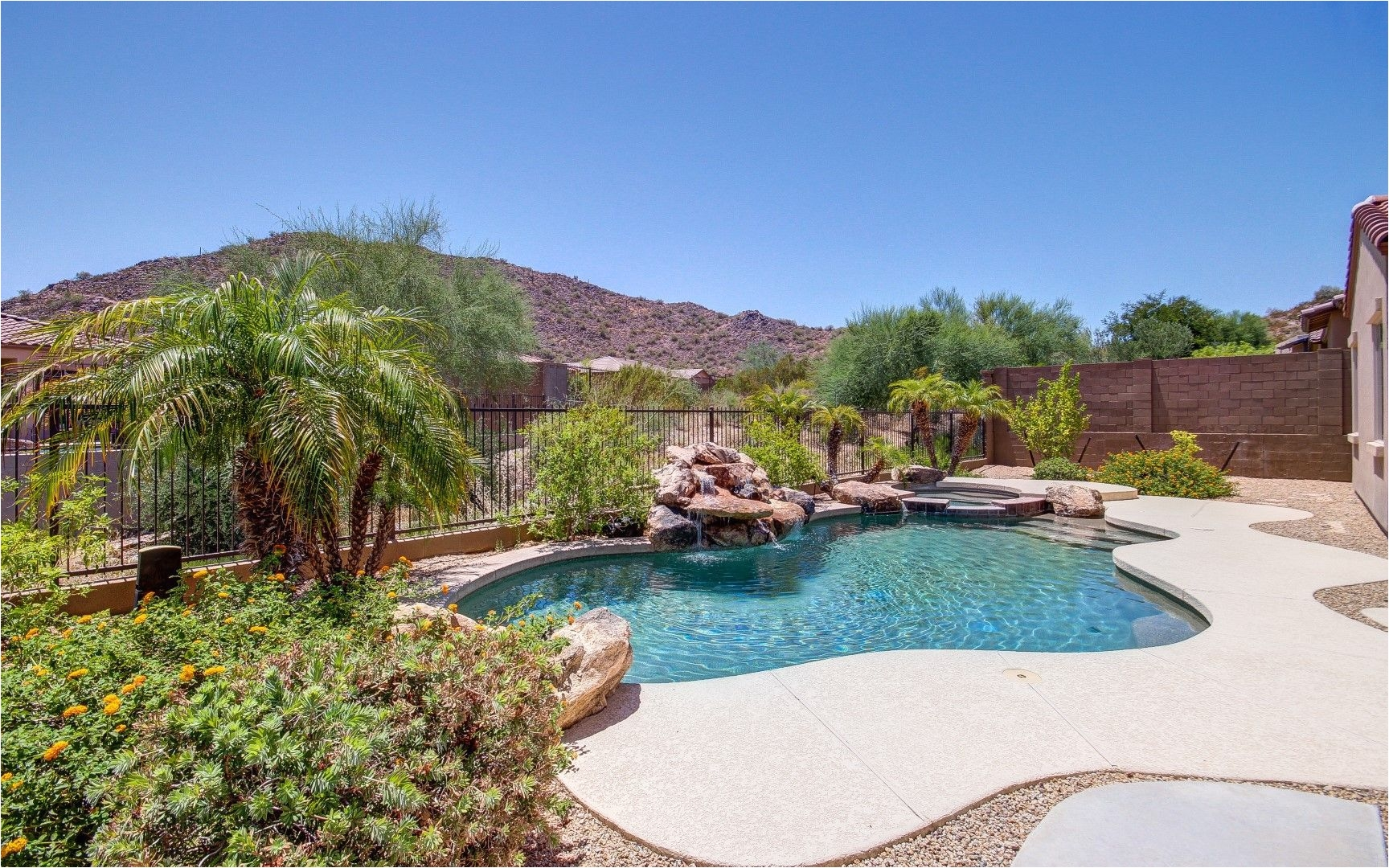 homes with pools and 5 bedrooms in nw phoenix areas azmegahomes realestate