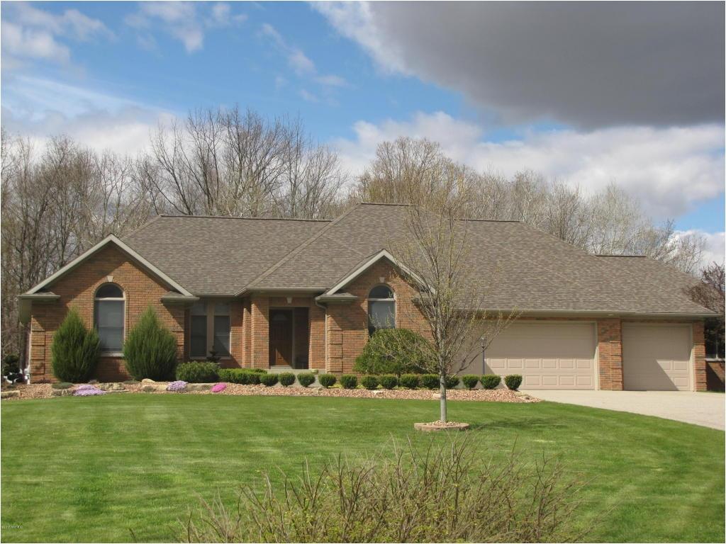 Homes for Sale Cedar Springs Mi 2585 Recluse Dr Cedar Springs Mi 49319 Mls 16019783 Coldwell