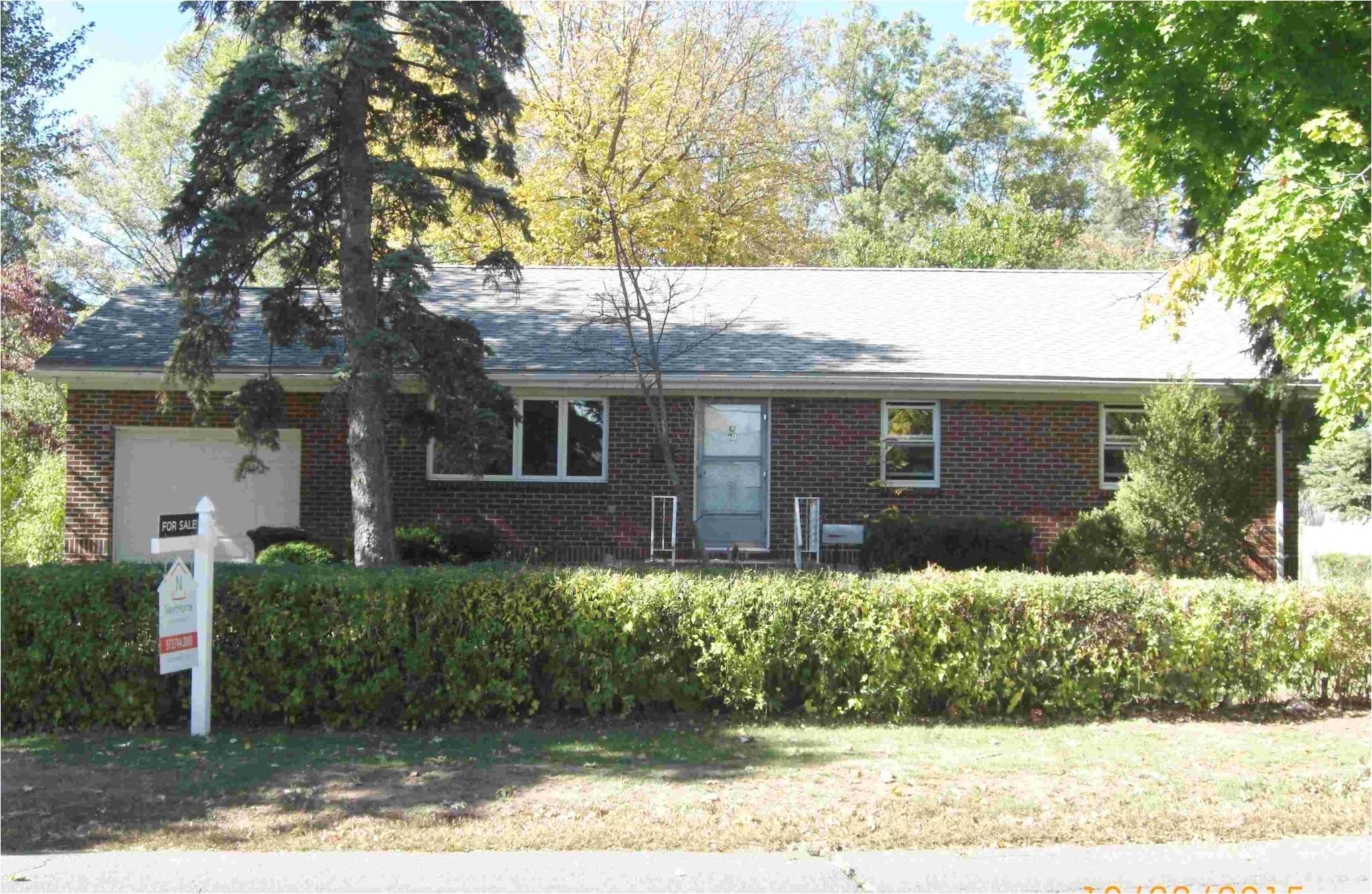 Homes for Sale In iselin Nj 71 Magnolia Rd iselin Nj 08830 Trulia