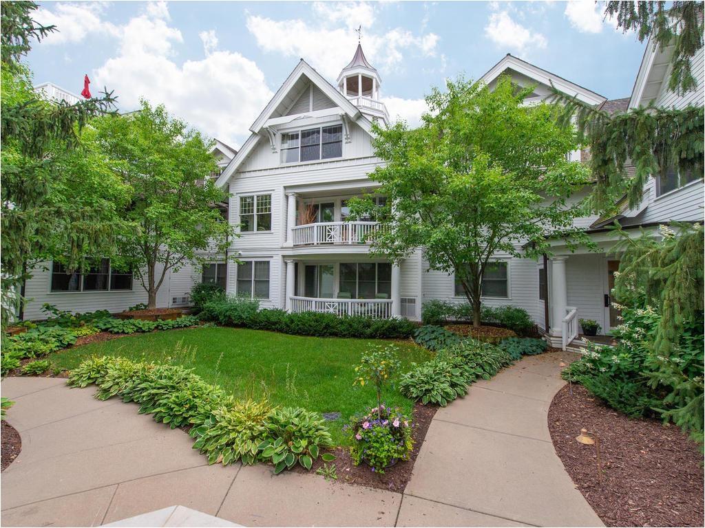 Homes for Sale On Lake Minnetonka 205 Mill Street S105 Excelsior Mn 55331 Mls 4997371 Edina Realty