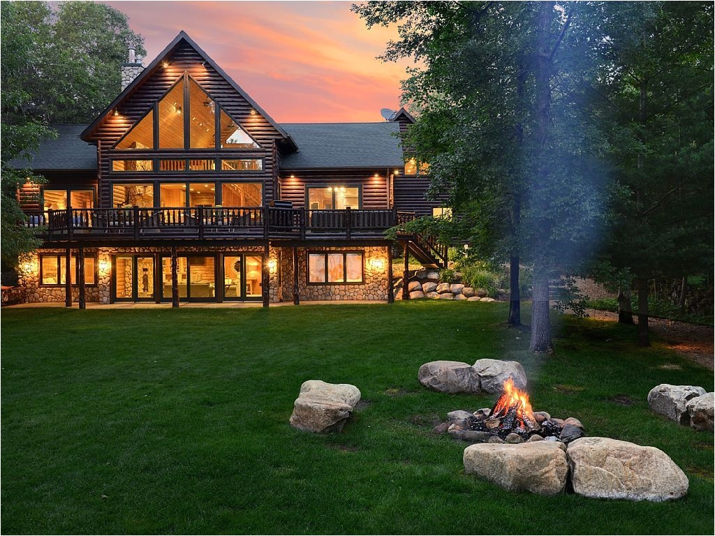 Rental Homes Minneapolis Pelican Pines Lakehouse Luxurious Cabin