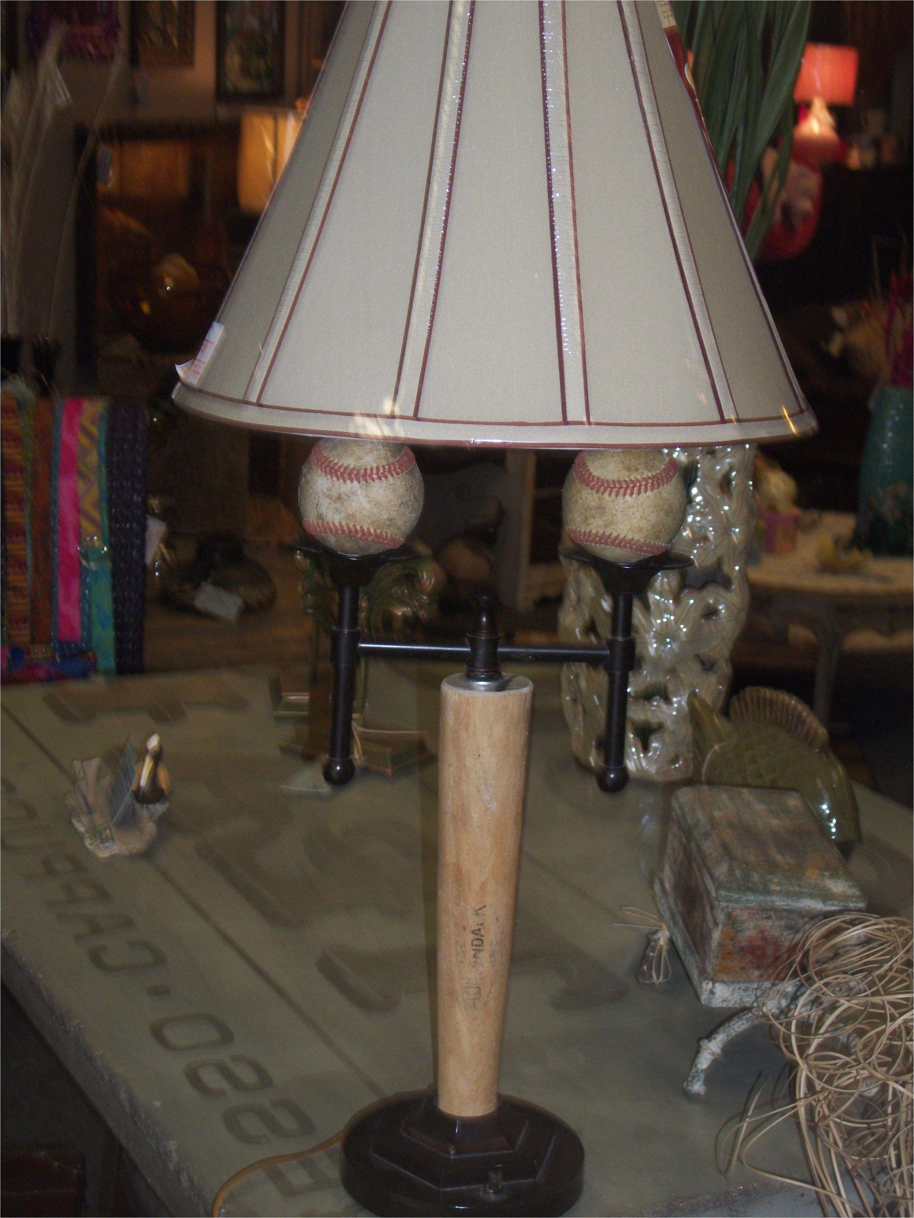 repurposed baseball bat lamp