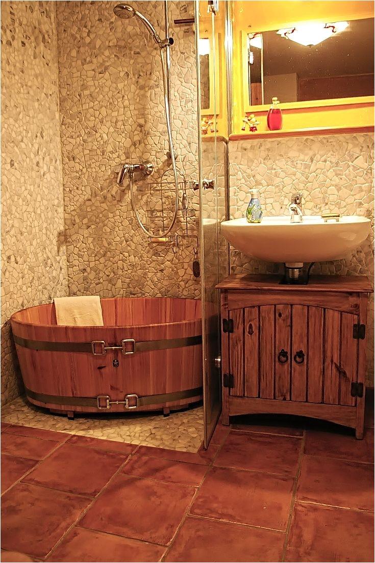 badezimmer holzbadewanne duschwanne la¤rche spannschla¶sser edelstahl