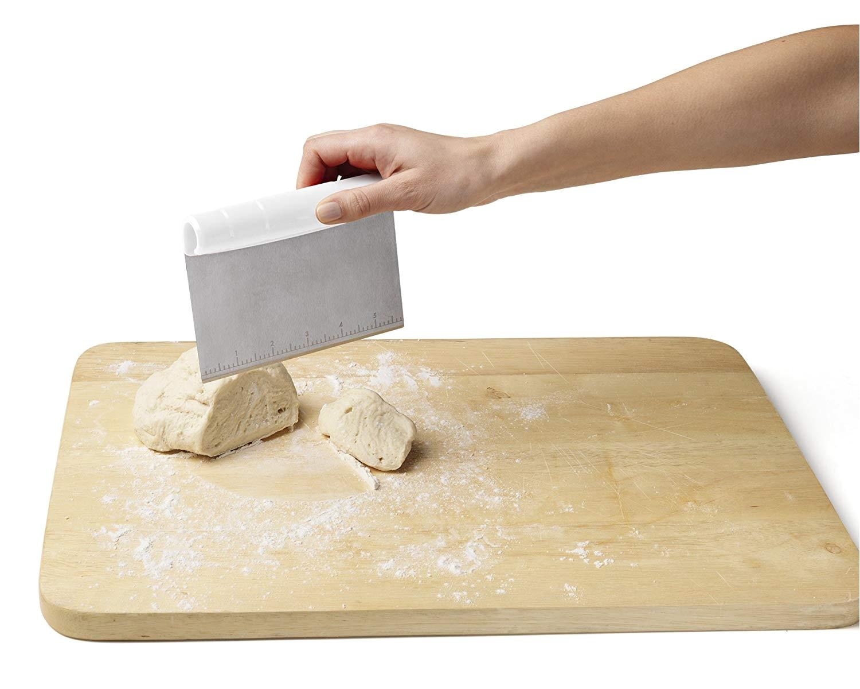 Bench Scrapper Amazon Com Chefn Pastrio 3 In 1 Bench Scraper Set Kitchen Dining