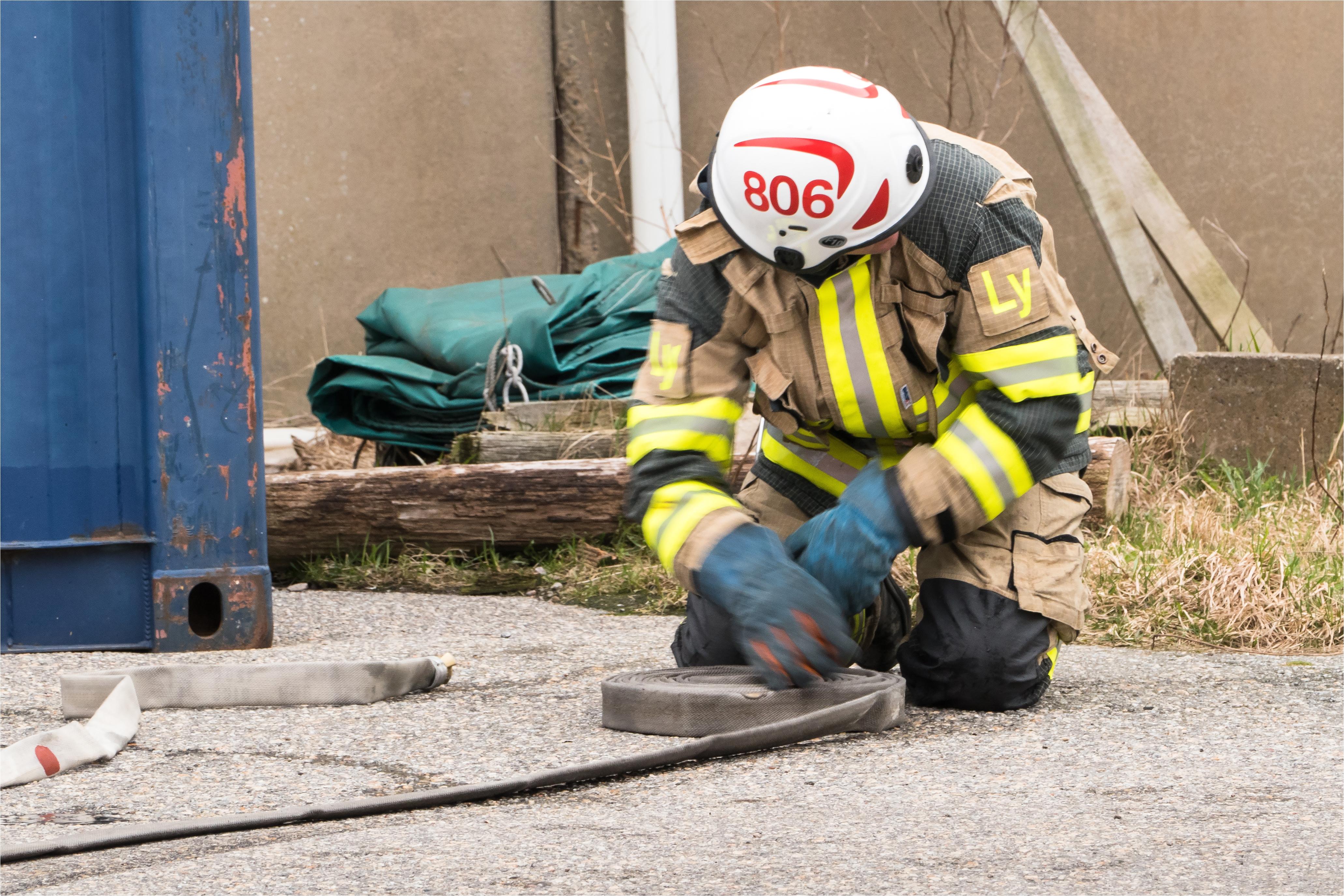 filepreemraff firefighters training in gra¶ta¶ industrial area 6
