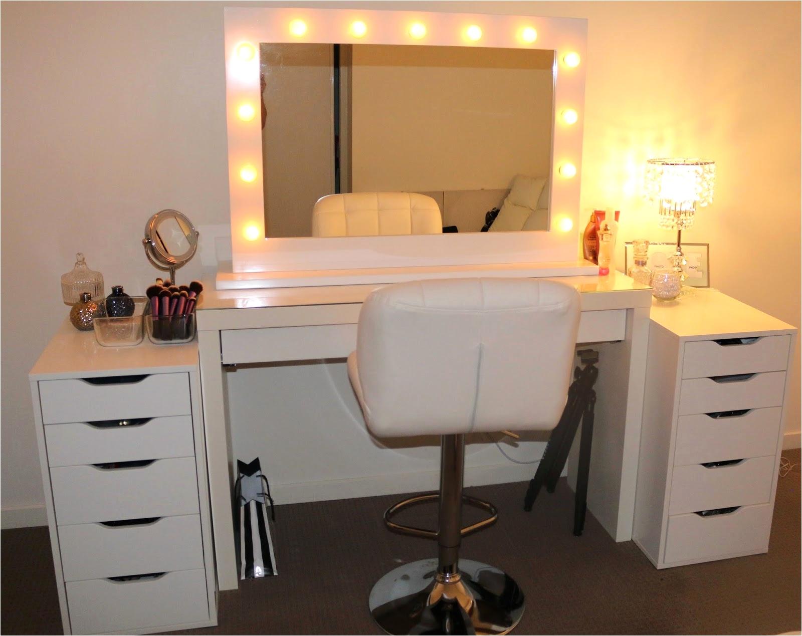 modern makeup vanity set with lights elegant 20 elegant makeup desk with lighted mirror