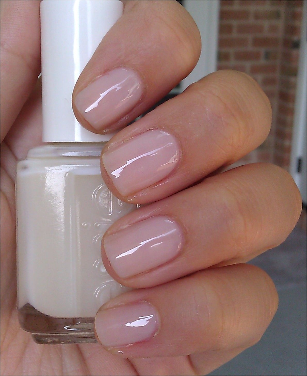 essie nail color allure