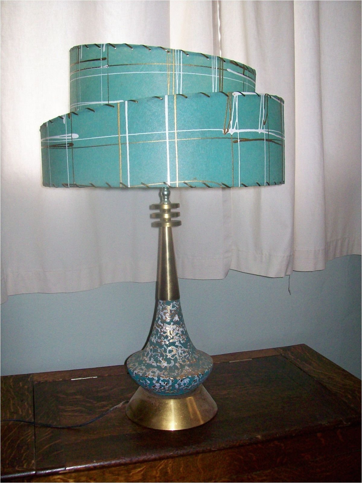 what a glorious teal gold and white mid century modern lamp with matching two tier fiberglass lampshade