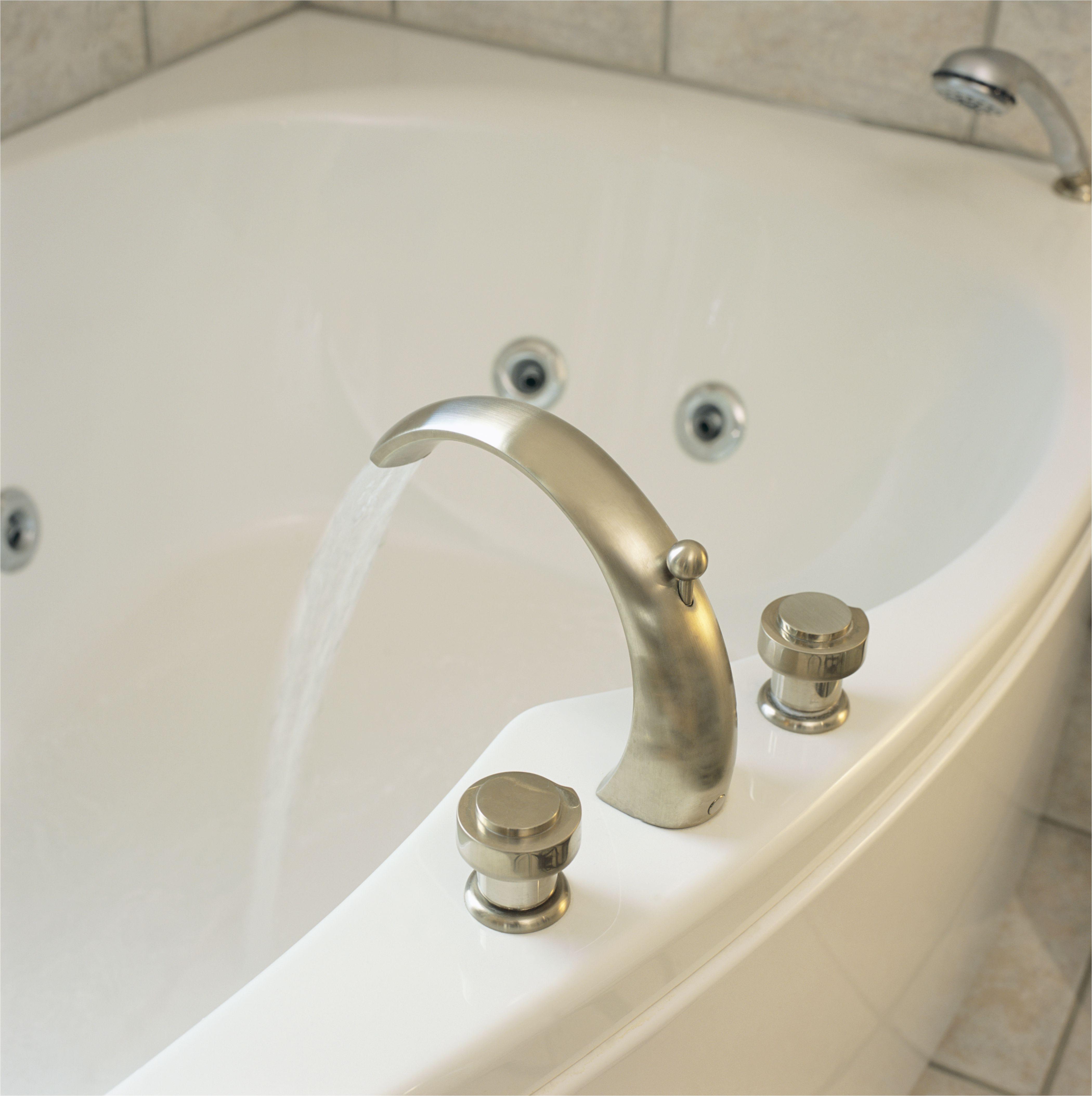 bathtub with water running 523148742 5797d4a93df78ceb86a48b66