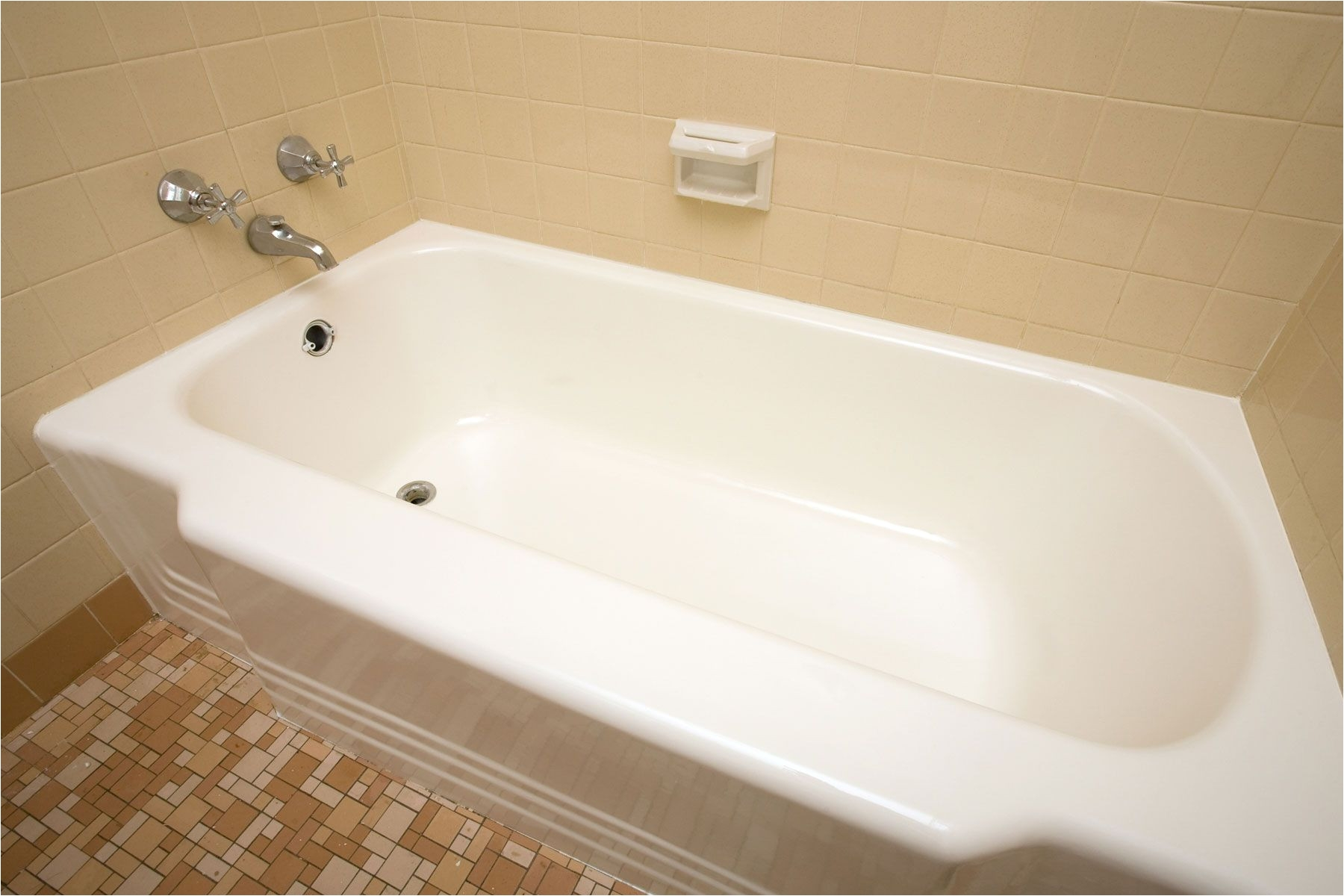 How to Reglaze A Bathtub New How to Reglaze A Bathtub Amukraine