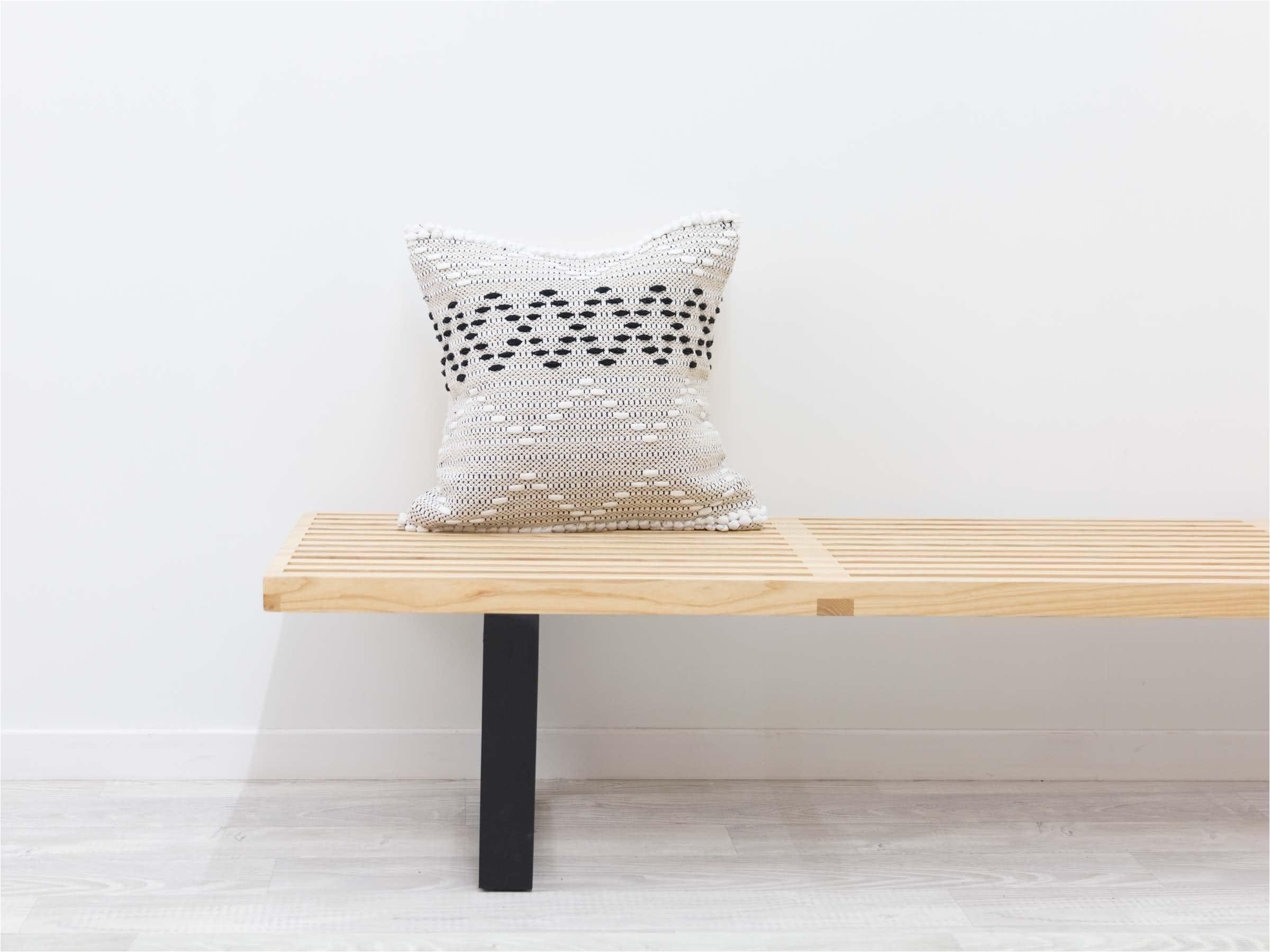 willow cushion web