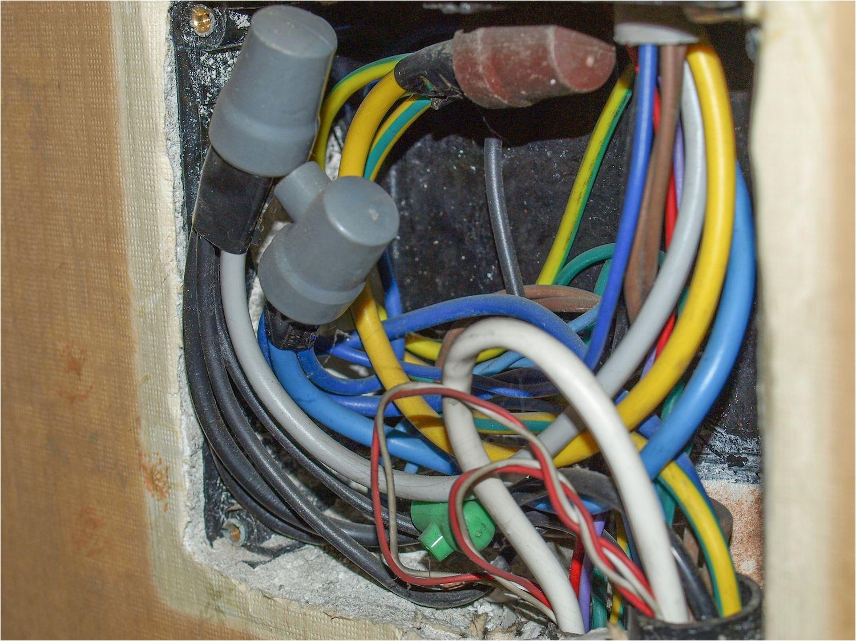 junction box 5767074e5f9b58346ae5298a