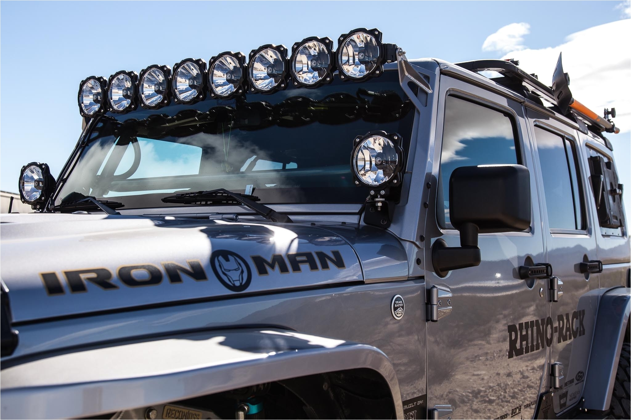 gravitya led pro6 8 light 50 universal combo led light bar on jeep