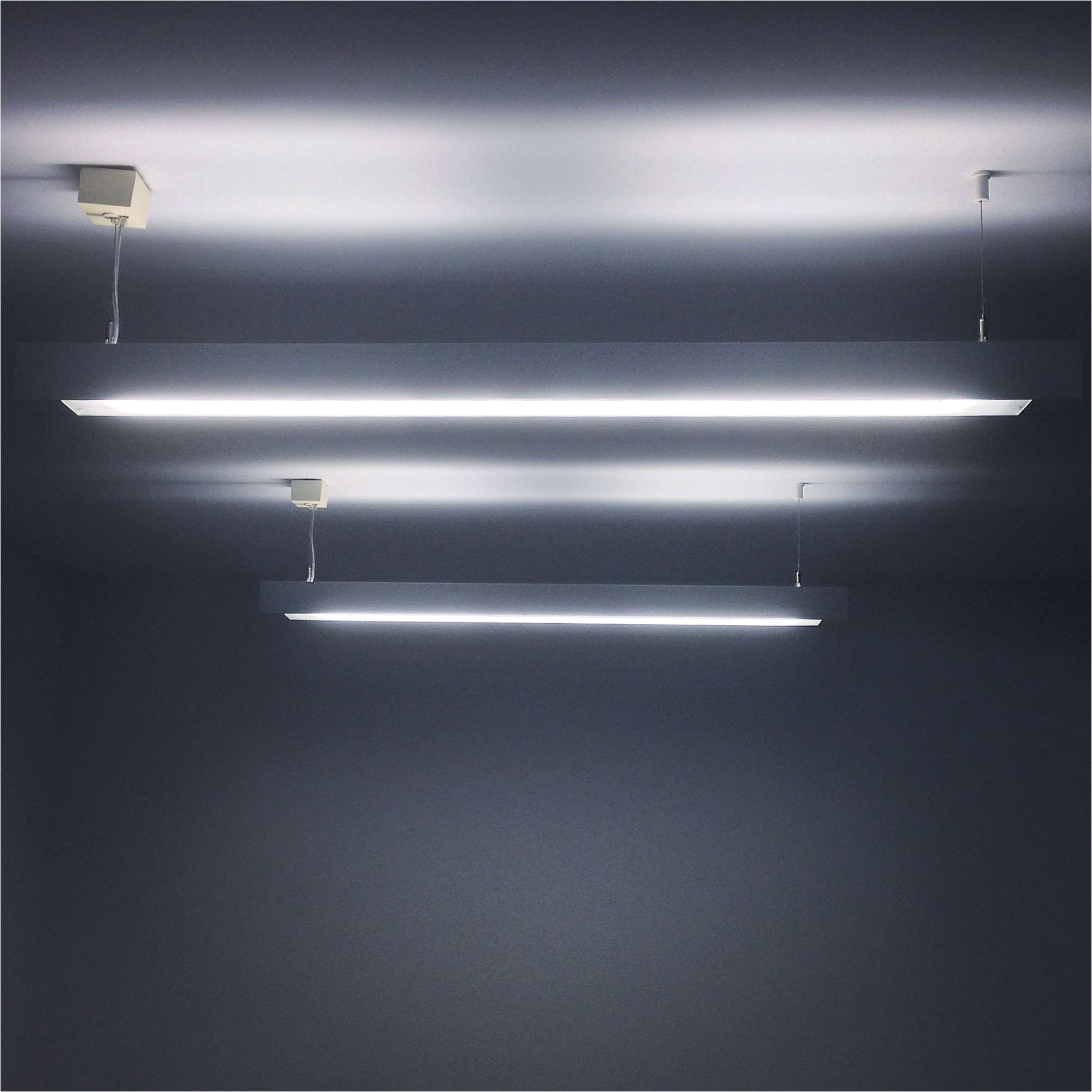 fluorescentlights gettyimages 565824809 5a00a4a69802070037bd3501