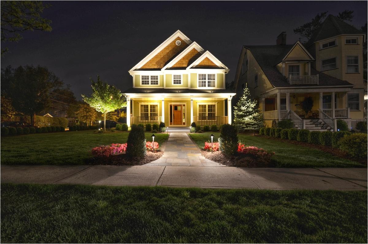 landscape lighting how to make a big impression with just a little outdoor lighting dfrkftd