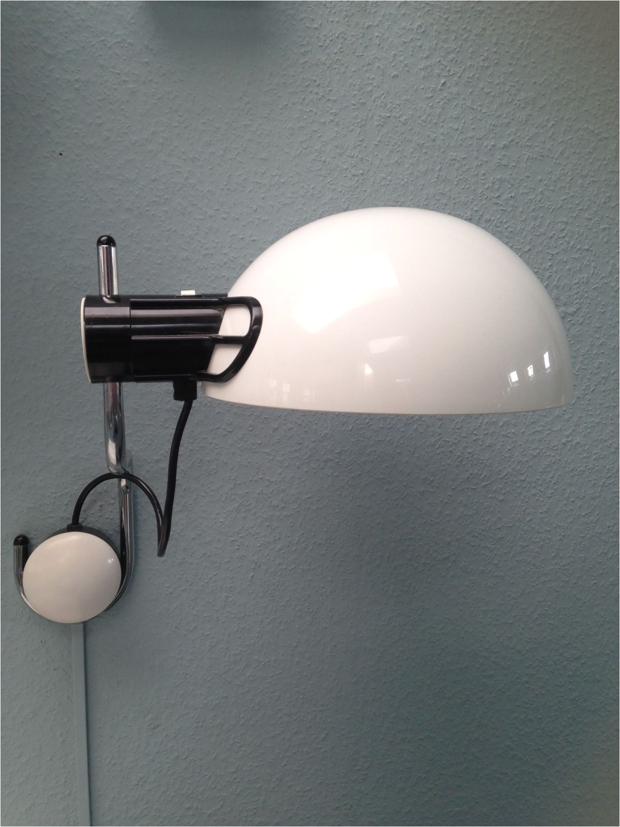 medieval a· retro a· i guzzini wall lamp